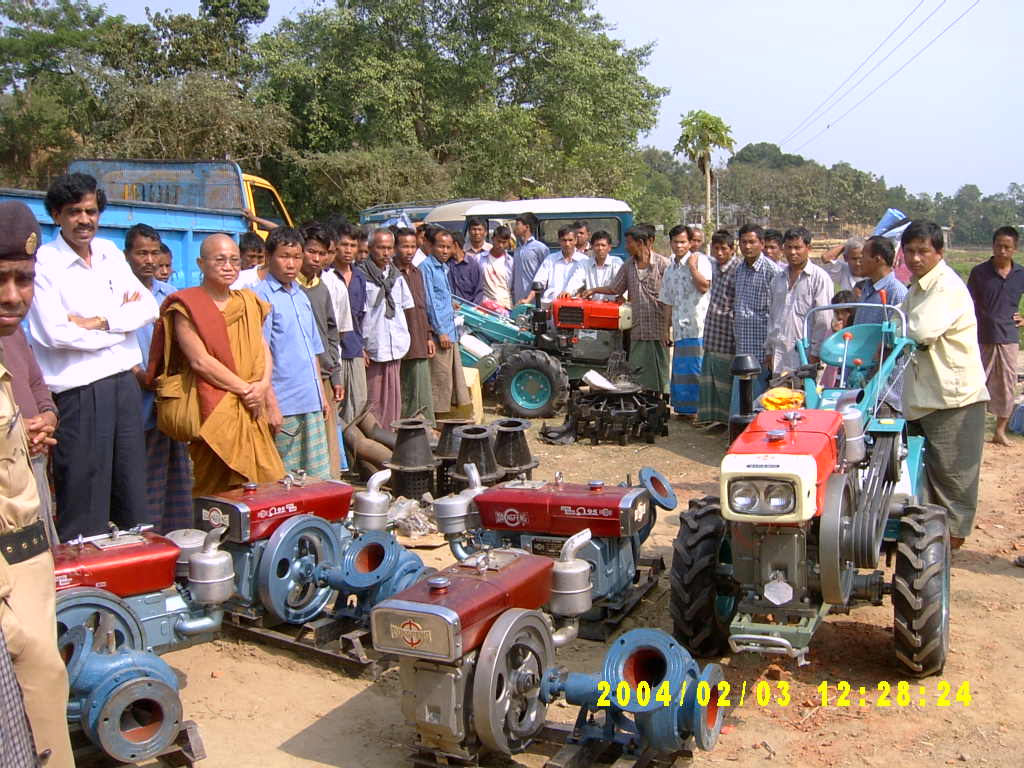 Machine Distribution at Mahalchari.jpg